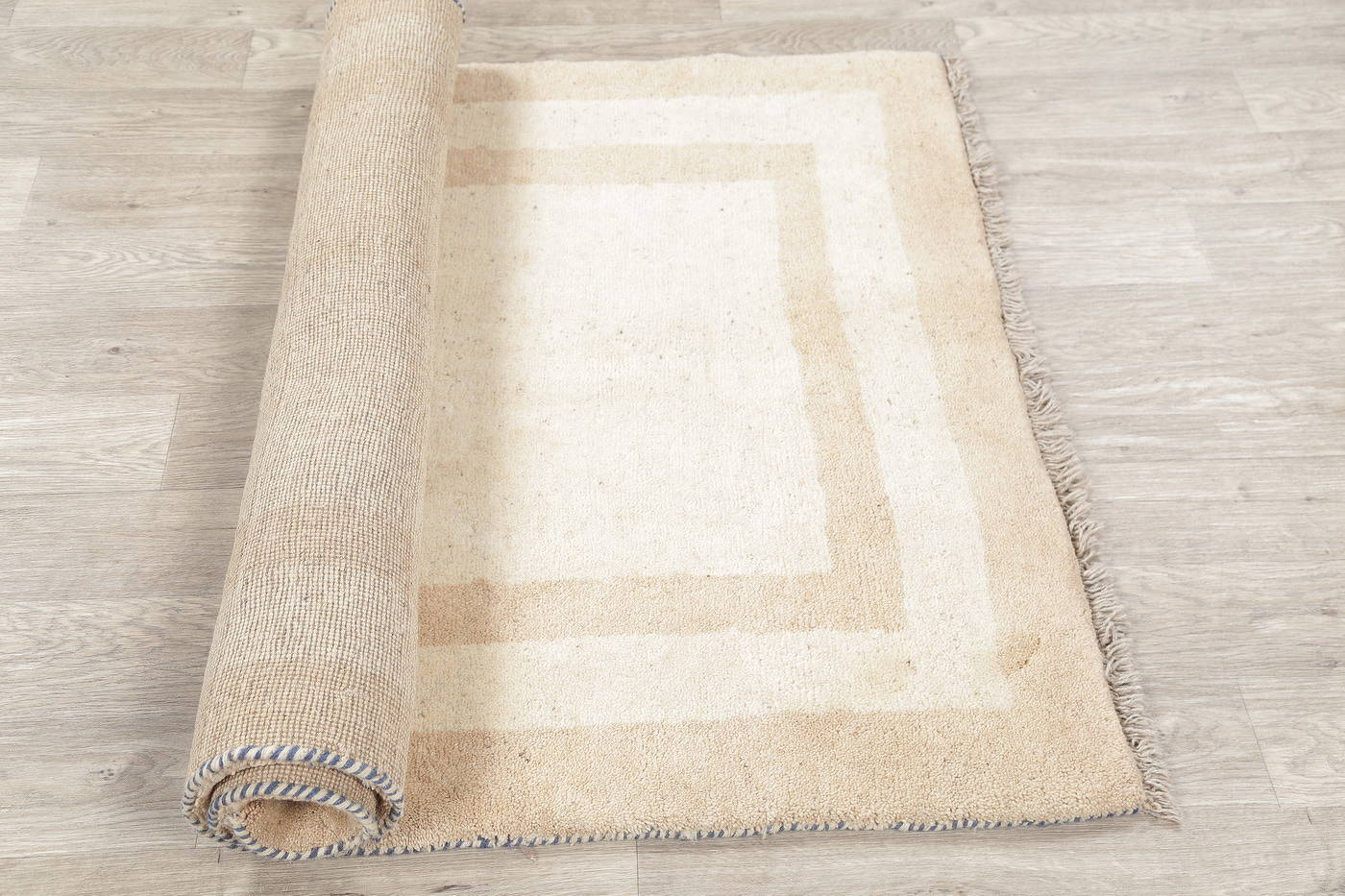 Hand-Knotted Ivory Gabbeh Shiraz Persian Area Rug Wool 4x6